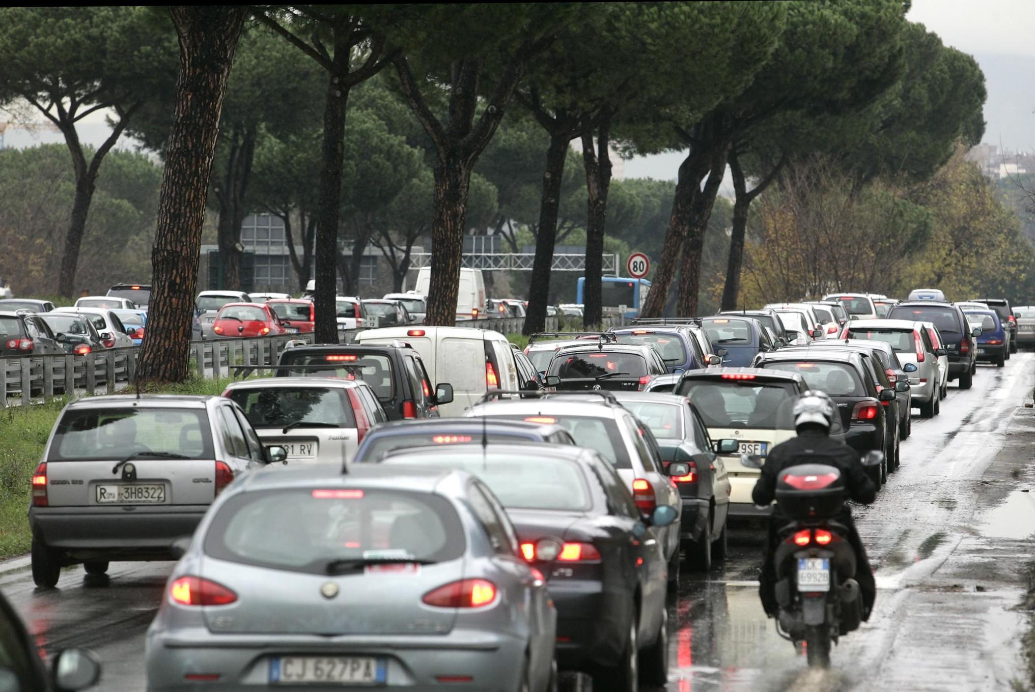 Automobile mobilita' e trasporti studio delle nostre abitudini automobilistiche
