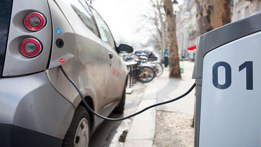 Ricarica induttiva per le auto elettriche: dagli Stati Uniti una possibile svolta per il mercato